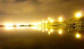 χρόνος αντανακλάσεων νύχτ&alp Στοκ Φωτογραφίες