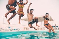 Χρόνος για τη διασκέδαση λιμνών στοκ φωτογραφίες