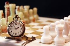 Χρόνος για το παιχνίδι σκακιού Στοκ εικόνα με δικαίωμα ελεύθερης χρήσης