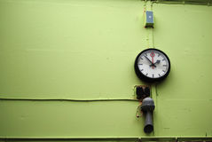 χρόνος εργοστασίων ελέγ&ch Στοκ Εικόνα