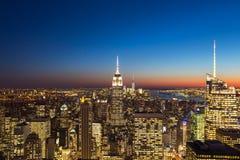 Χρόνος ηλιοβασιλέματος πόλεων της Νέας Υόρκης στοκ εικόνες