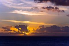 χρόνος ηλιοβασιλέματος  Στοκ εικόνες με δικαίωμα ελεύθερης χρήσης