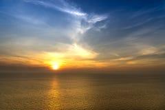 Χρόνος ηλιοβασιλέματος από seascape σημείου άποψης Στοκ Φωτογραφίες