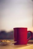 Χρόνος καφέ στο λυκόφως Στοκ Εικόνες