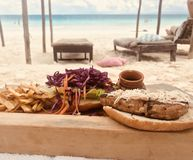 Χρόνος μεσημεριανού γεύματος στοκ φωτογραφίες με δικαίωμα ελεύθερης χρήσης