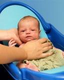 Χρόνος λουτρών μωρών Στοκ εικόνα με δικαίωμα ελεύθερης χρήσης