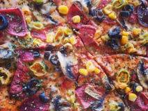 Χρόνος πιτσών Απολαύστε τα τρόφιμα Στοκ φωτογραφία με δικαίωμα ελεύθερης χρήσης