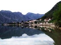 χρόνος πρωινού του Μαυροβουνίου kotor κόλπων στοκ φωτογραφία με δικαίωμα ελεύθερης χρήσης