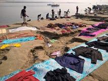 Χρόνος πλυντηρίων στο Varanasi Στοκ φωτογραφία με δικαίωμα ελεύθερης χρήσης