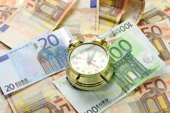 χρόνος χρημάτων Στοκ εικόνα με δικαίωμα ελεύθερης χρήσης