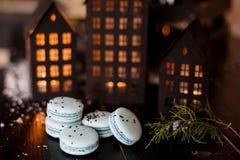 Χρόνος Χριστουγέννων, macaroons Στοκ φωτογραφία με δικαίωμα ελεύθερης χρήσης