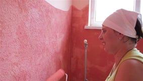 Χρώματα γυναικών κυλίνδρων απόθεμα βίντεο