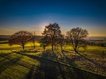 Χρώματα ηλιοβασιλέματος της Γερμανίας φύσης κηφήνων στοκ φωτογραφία