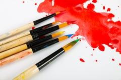 Χρώματα και βούρτσες στοκ φωτογραφίες με δικαίωμα ελεύθερης χρήσης