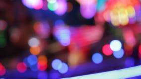 Χρώματα νύχτας εκθεσιακών χώρων Synthwave φω'των Disco funfair του λούνα παρκ φιλμ μικρού μήκους