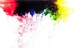 Χρώματα στο νερό Στοκ εικόνες με δικαίωμα ελεύθερης χρήσης