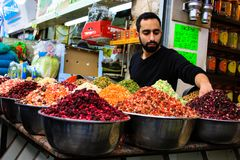 Χρώματα της αγοράς στο Ισραήλ στοκ εικόνες