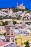 Χρώματα της σειράς της Ελλάδας - νησί Syros, άποψη Ano Syros vill Στοκ εικόνα με δικαίωμα ελεύθερης χρήσης