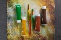 Χρώματα της φύσης - μίγμα πράσινος, κίτρινος και καφετής - σπίτι ή Στοκ Εικόνες