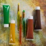 Χρώματα της φύσης - μίγμα πράσινος, κίτρινος και καφετής - σπίτι ή Στοκ φωτογραφία με δικαίωμα ελεύθερης χρήσης