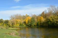 Χρώματα του φθινοπώρου Στοκ εικόνες με δικαίωμα ελεύθερης χρήσης
