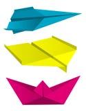 Χρώματα τυπωμένων υλών βαρκών αεροπλάνων Origami ελεύθερη απεικόνιση δικαιώματος