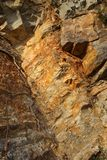 Χρώματα των οξειδωμένων βράχων στοκ φωτογραφία