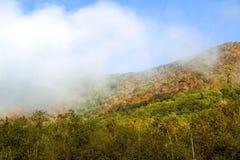 Χρώματα φθινοπώρου στη δυτική Βιρτζίνια Στοκ Εικόνες