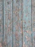 Χρώμα αποφλοίωσης στην παλαιά ξυλεία Στοκ Φωτογραφίες