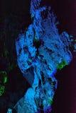 Χρώμα και φωτισμός στη σπηλιά Στοκ εικόνα με δικαίωμα ελεύθερης χρήσης