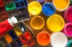 Χρώμα στο ξύλινο υπόβαθρο Στοκ Εικόνα