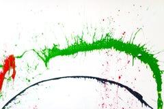 Χρώμα ψεκασμού σε έναν άσπρο τοίχο στοκ φωτογραφία με δικαίωμα ελεύθερης χρήσης