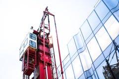 χτίζοντας γερανός Στοκ φωτογραφία με δικαίωμα ελεύθερης χρήσης