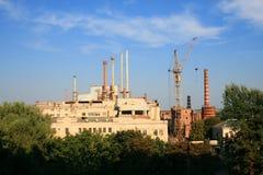 χτίζοντας εργοστάσιο Στοκ εικόνα με δικαίωμα ελεύθερης χρήσης