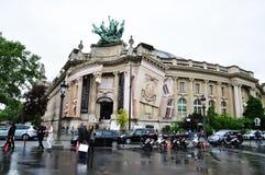 χτίζοντας ιστορικό Παρίσι Στοκ Φωτογραφία