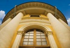 χτίζοντας κλασσικές στήλες Στοκ φωτογραφίες με δικαίωμα ελεύθερης χρήσης