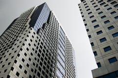 χτίζοντας πολυόροφο κτίρ& Στοκ Εικόνες