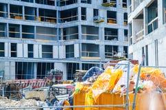 χτίζοντας συγκεκριμένοι τοίχοι περιοχών πατωμάτων κατασκευής βιομηχανική σκηνή Στοκ Εικόνα