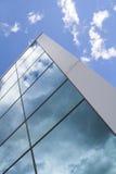 χτίζοντας σύγχρονα Windows Στοκ Εικόνες