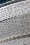χτίζοντας σύγχρονος τοίχ&o Στοκ φωτογραφία με δικαίωμα ελεύθερης χρήσης