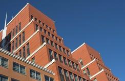 χτίζοντας σύγχρονο γραφείο Στοκ Φωτογραφίες