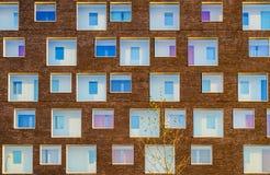 χτίζοντας την πρόσοψη σύγχρ&o στοκ φωτογραφίες με δικαίωμα ελεύθερης χρήσης
