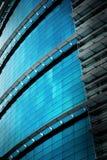 χτίζοντας τοίχος αντανάκλασης γραφείων γυαλιού Στοκ φωτογραφία με δικαίωμα ελεύθερης χρήσης