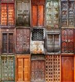 χτίζοντας το μοναστήρι s Ουκρανία ατόμων ανατολικών εισόδων πορτών ξύλινη Στοκ φωτογραφία με δικαίωμα ελεύθερης χρήσης