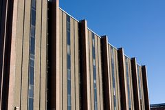 χτίζοντας το νοσοκομεί&omic Στοκ φωτογραφία με δικαίωμα ελεύθερης χρήσης