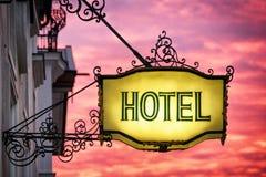 χτίζοντας ύφος σημαδιών ξενοδοχείων εργοστασίων ιστορικό Στοκ Εικόνες