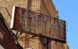 χτίζοντας ύφος σημαδιών ξενοδοχείων εργοστασίων ιστορικό antonio SAN Τέξας Στοκ Φωτογραφίες