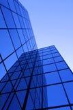 χτίζοντας Windows γραφείων Στοκ φωτογραφία με δικαίωμα ελεύθερης χρήσης