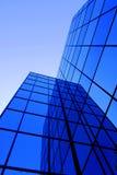χτίζοντας Windows γραφείων Στοκ Εικόνα