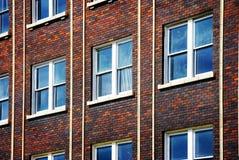 χτίζοντας Windows γραφείων Στοκ εικόνες με δικαίωμα ελεύθερης χρήσης